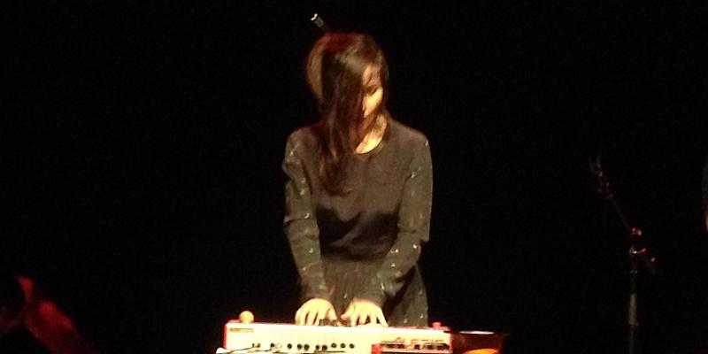 Lizzy Ling, musicien Chanteur en représentation - photo de couverture n° 2