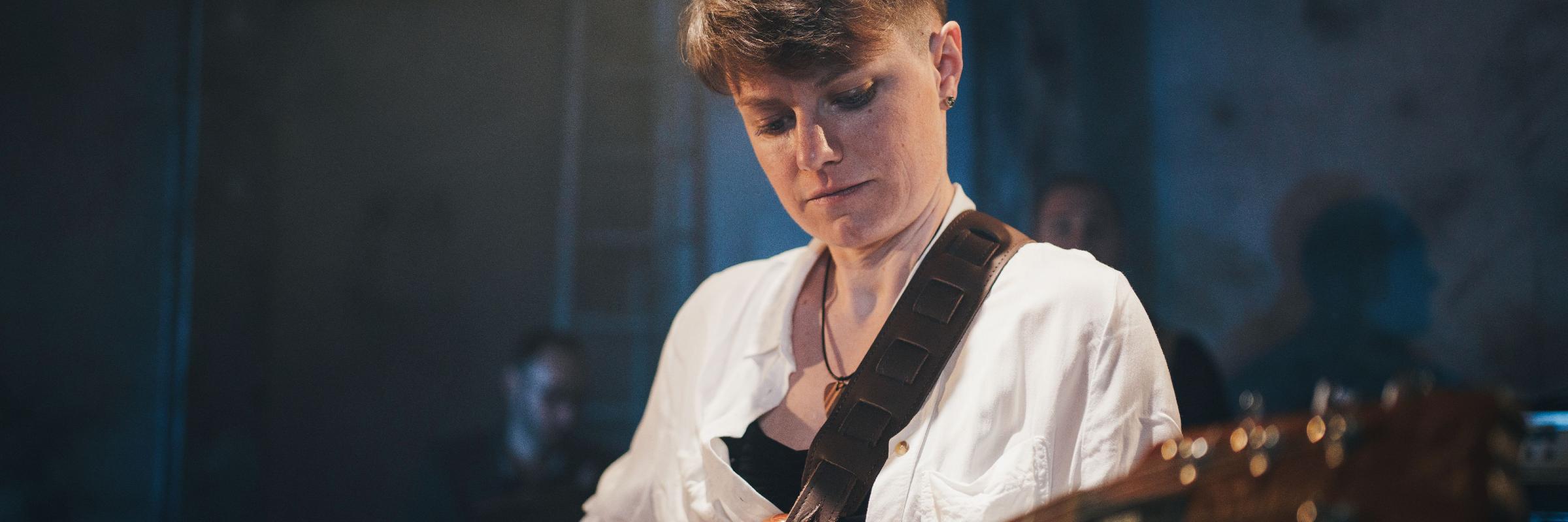 Enelos, musicien Rock en représentation à Doubs - photo de couverture n° 2