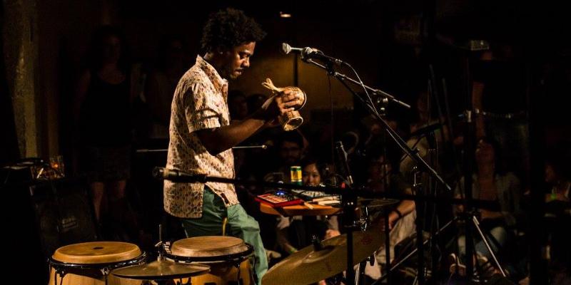 Sergio Ferreira Bacalhau, musicien Expérimental en représentation - photo de couverture n° 1