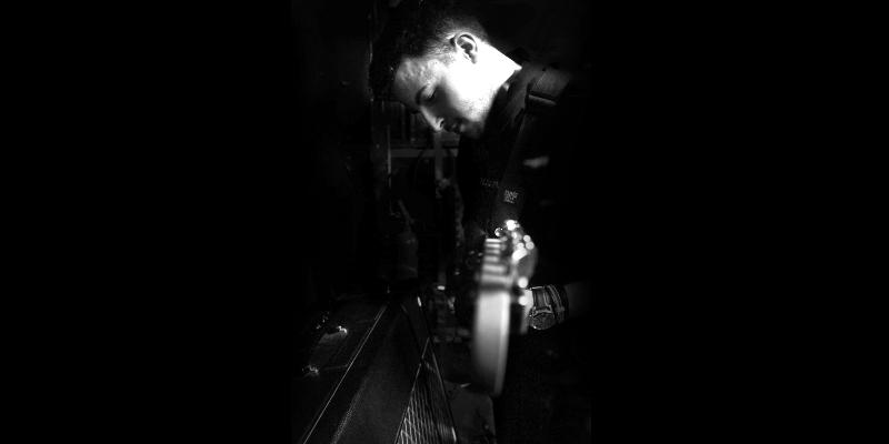 Jeremy Thery, musicien Guitariste en représentation à Seine et Marne - photo de couverture