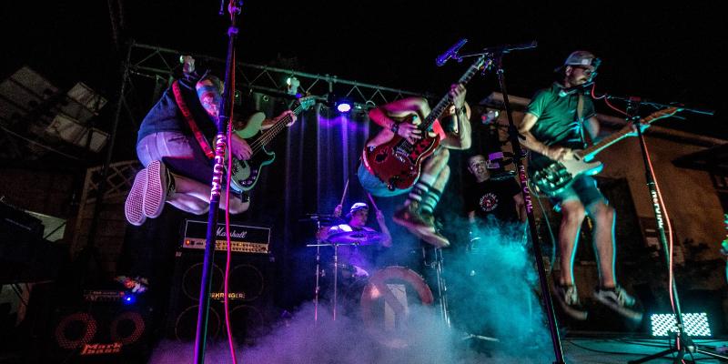 NOFUTAL, groupe de musique Rock en représentation à Haute-Corse - photo de couverture n° 1