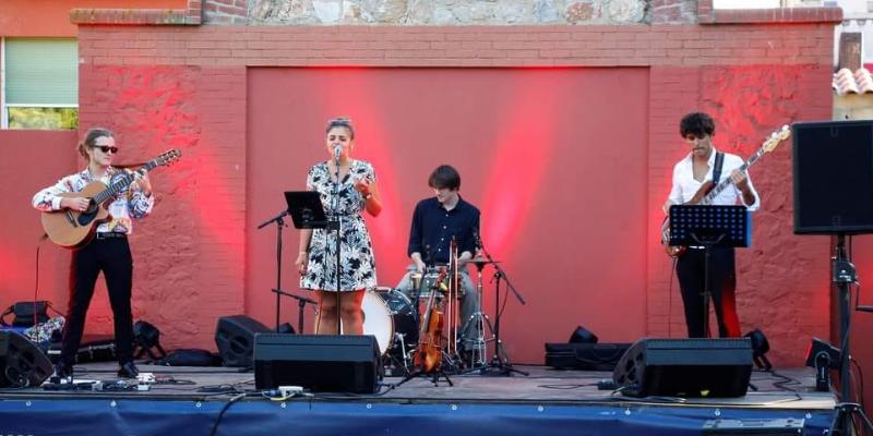 BRASILANA, groupe de musique Bossa Nova en représentation à Paris - photo de couverture n° 3