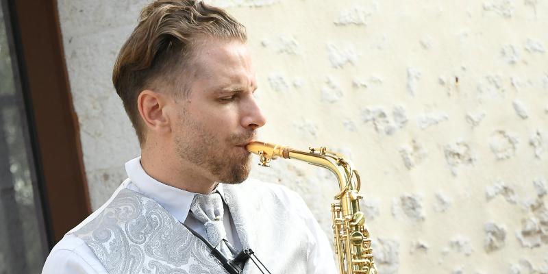 Éric Gallois, musicien Saxophoniste en représentation à Paris - photo de couverture n° 1