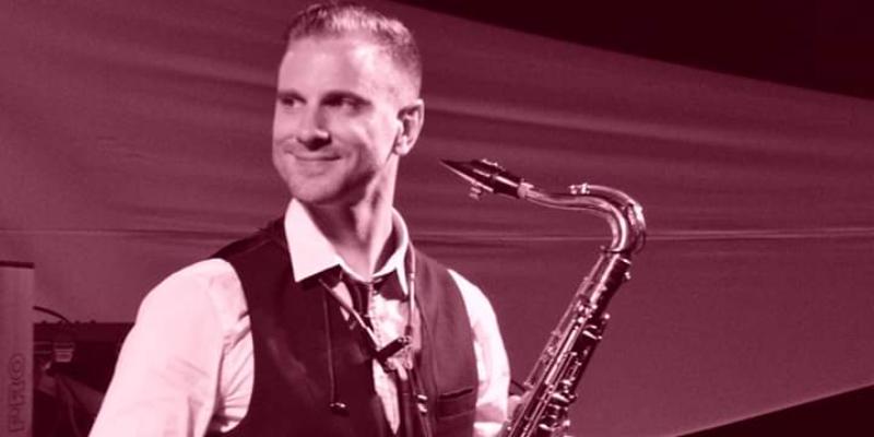 Éric Gallois, musicien Saxophoniste en représentation à Paris - photo de couverture n° 2
