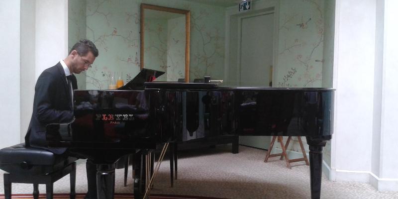 Julien Coriatt Trio, groupe de musique Jazz en représentation - photo de couverture n° 2