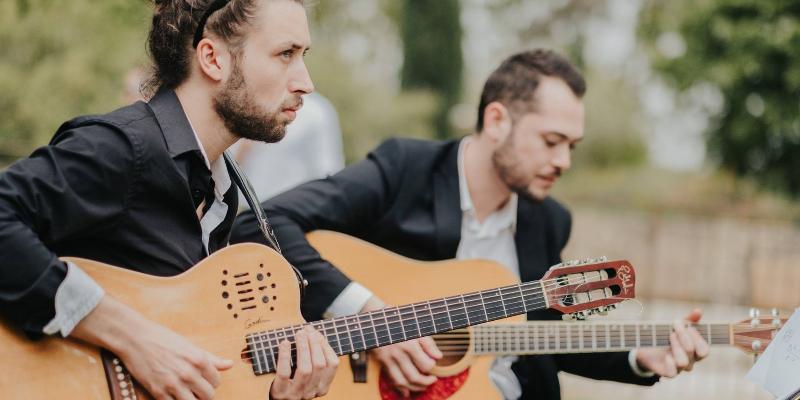 Brainfood, groupe de musique Chanteur en représentation à Paris - photo de couverture n° 1