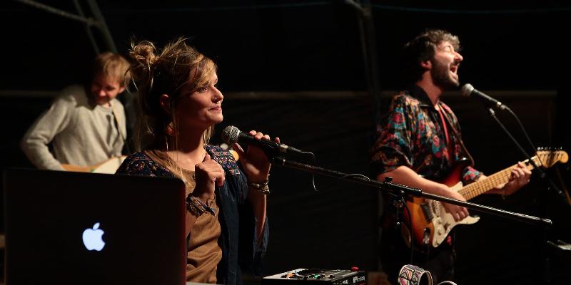 Manon Z Moon, groupe de musique Soul en représentation à Doubs - photo de couverture n° 1
