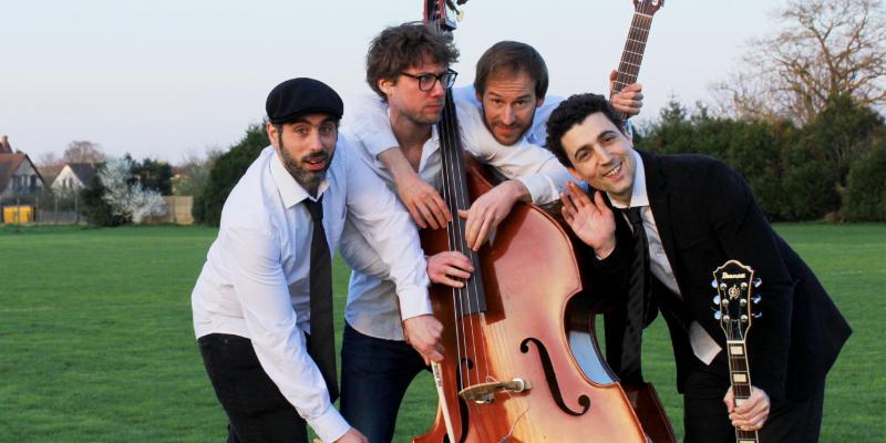 Buskers, musicien Rock en représentation à Paris - photo de couverture n° 2