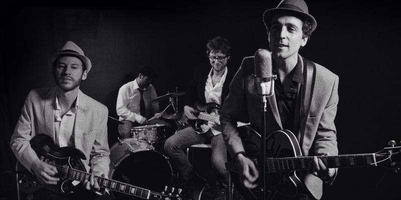 Buskers, musicien Rock en représentation à Paris - photo de couverture n° 1