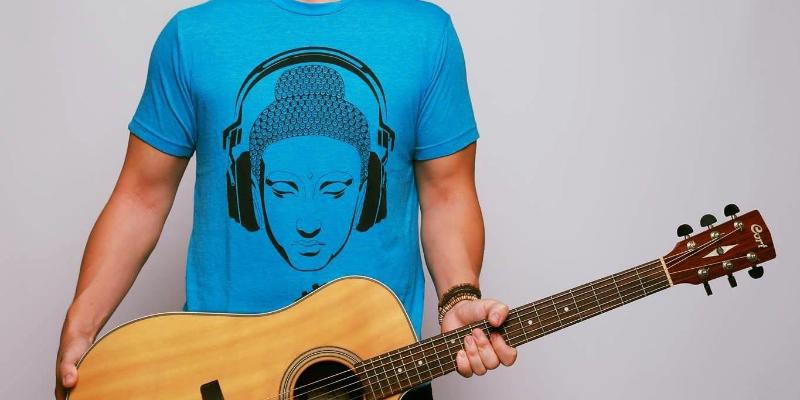 Jaym, musicien Chanteur en représentation - photo de couverture n° 1