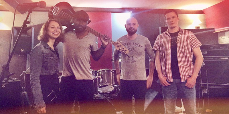 Twisted Oaks, groupe de musique Rock en représentation - photo de couverture n° 3