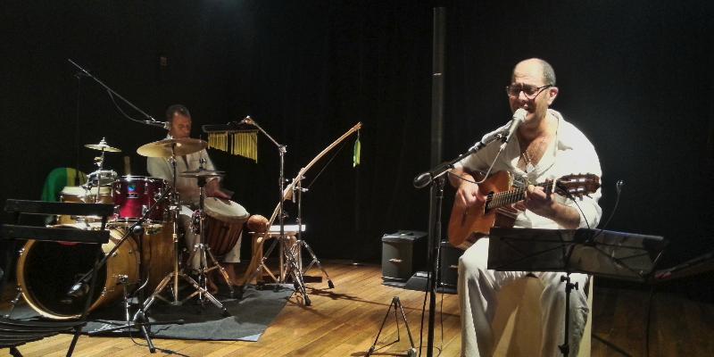 ZINA Brasil, musicien Musique Brésilienne en représentation à Var - photo de couverture n° 1