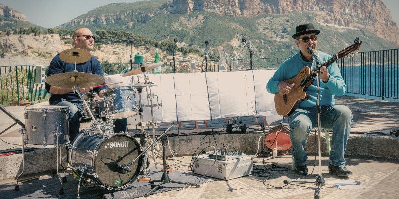 ZINA Brasil, musicien Musique Brésilienne en représentation à Var - photo de couverture n° 2