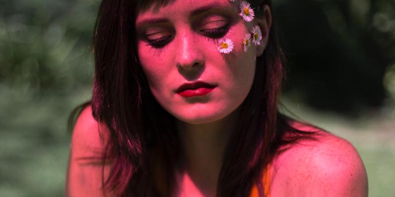 Grace de la Hunt, musicien Chanteur en représentation - photo de couverture n° 1