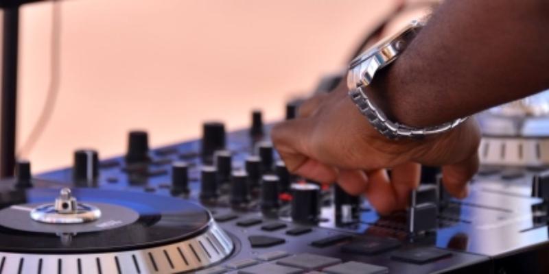 Alex Vilfrant, DJ Dj en représentation à Loire Atlantique - photo de couverture n° 1