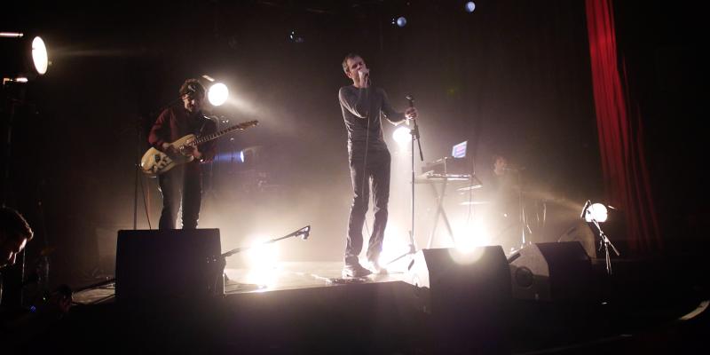 Berlyne, groupe de musique Chanteur en représentation à Paris - photo de couverture n° 3