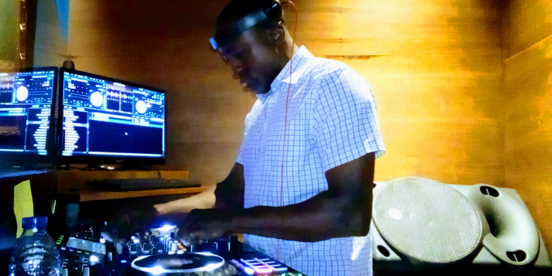 Skratch Angel, DJ Dj en représentation à Corse du Sud - photo de couverture n° 3