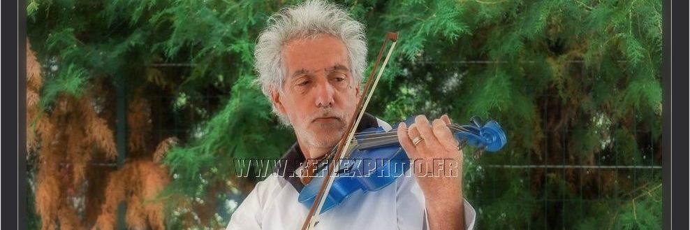 Violon Bleu, musicien Acoustique en représentation à Loire - photo de couverture n° 5
