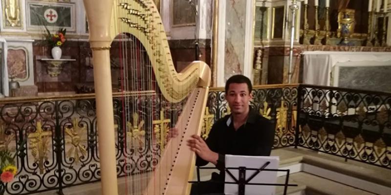 SamHarp, musicien Harpiste en représentation à Haute Garonne - photo de couverture n° 2