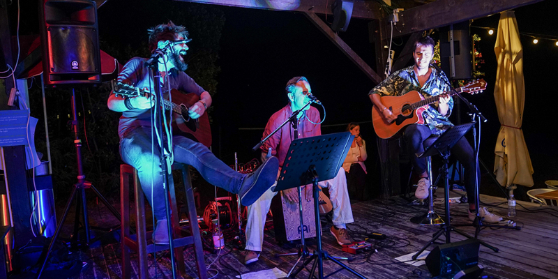 Timeless Trio, groupe de musique Acoustique en représentation à Gironde - photo de couverture n° 2