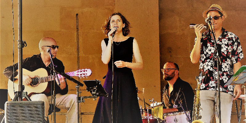 Abraço Nova, musicien Chanteur en représentation à Vaucluse - photo de couverture n° 2