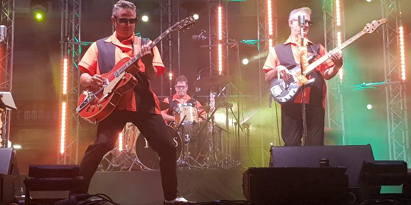 The Fifty's, groupe de musique Rock en représentation à Pyrénées Orientales - photo de couverture