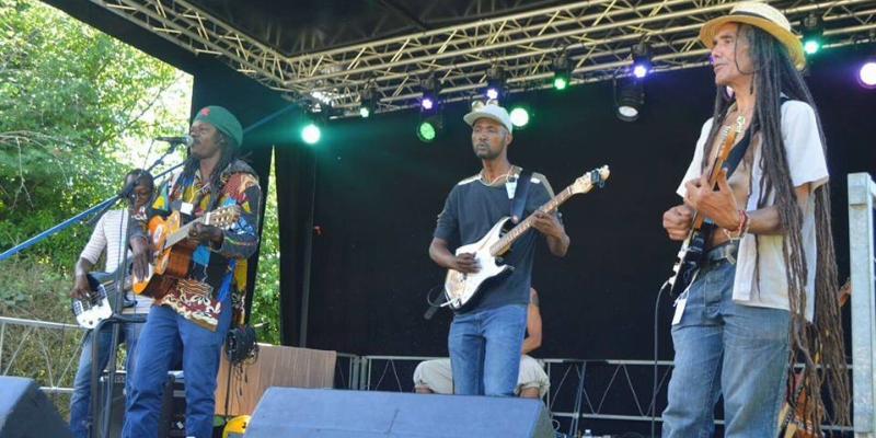 Souleymane Thiello et le Sahel Ménilmontant, groupe de musique Musiques du monde en représentation - photo de couverture n° 2