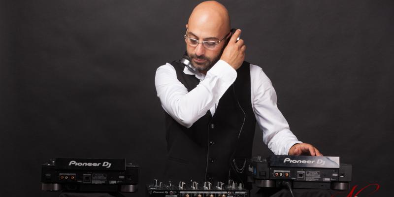 Aren, DJ Dj en représentation - photo de couverture n° 3