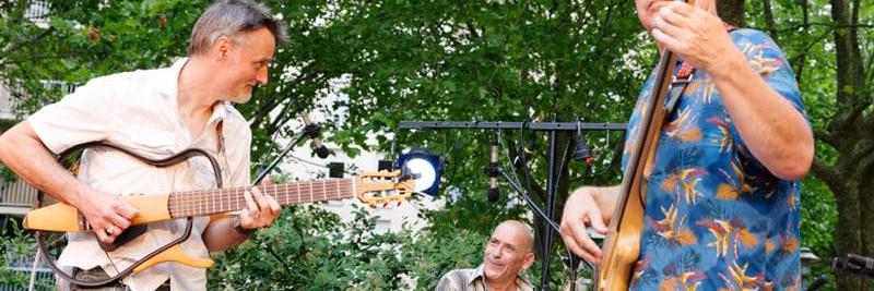 Tambour à deux cordes, groupe de musique Jazz en représentation à Haute Garonne - photo de couverture n° 5