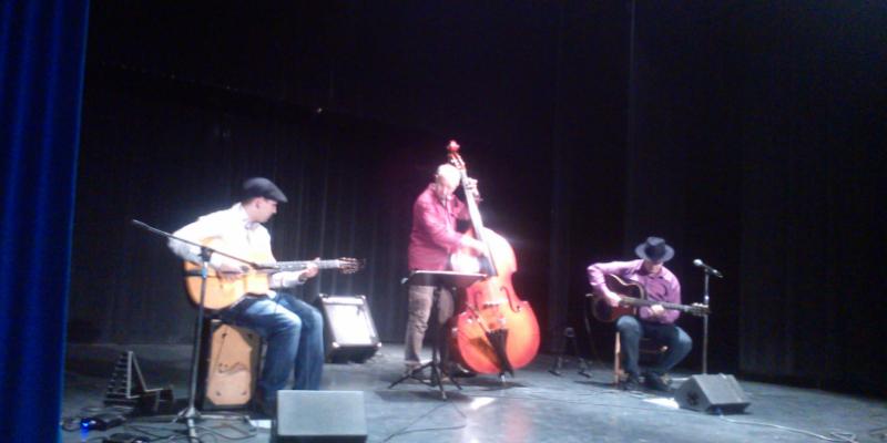 GypSwing, groupe de musique Jazz manouche en représentation à Lot et Garonne - photo de couverture n° 3