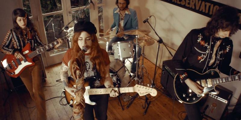 Kim Logan + Les Silhouettes, groupe de musique Rock en représentation à Paris - photo de couverture n° 1