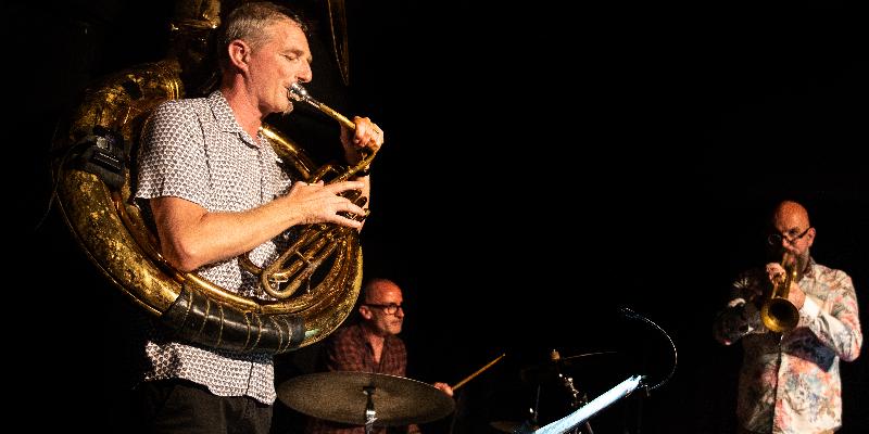 Happy Pocket Brass, groupe de musique Soul en représentation à Ille et Vilaine - photo de couverture n° 1