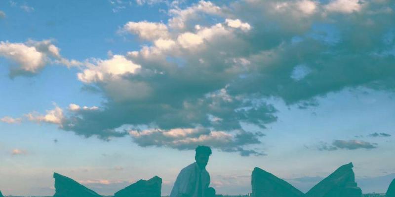 dlna, musicien Rap en représentation - photo de couverture n° 1