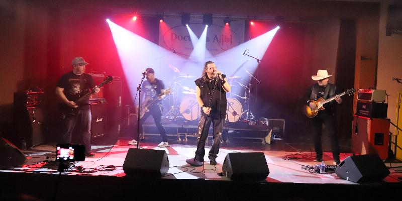 CHRISTOPHE MATERGIA, groupe de musique Hard Rock en représentation à Ain - photo de couverture n° 1