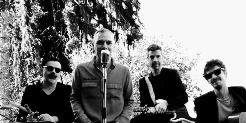 Emmanuel Jeannin, musicien Rock en représentation à Doubs - photo de couverture