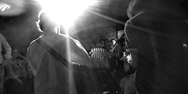 Captain Simard, musicien Chanteur en représentation à Paris - photo de couverture n° 1
