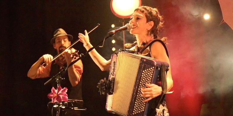 Lavach', groupe de musique Musiques du monde en représentation à Drôme - photo de couverture n° 2