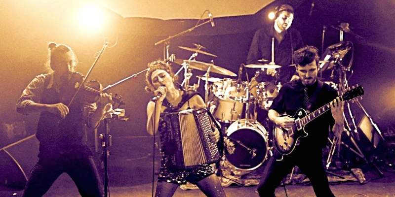 Lavach', groupe de musique Musiques du monde en représentation à Drôme - photo de couverture n° 1