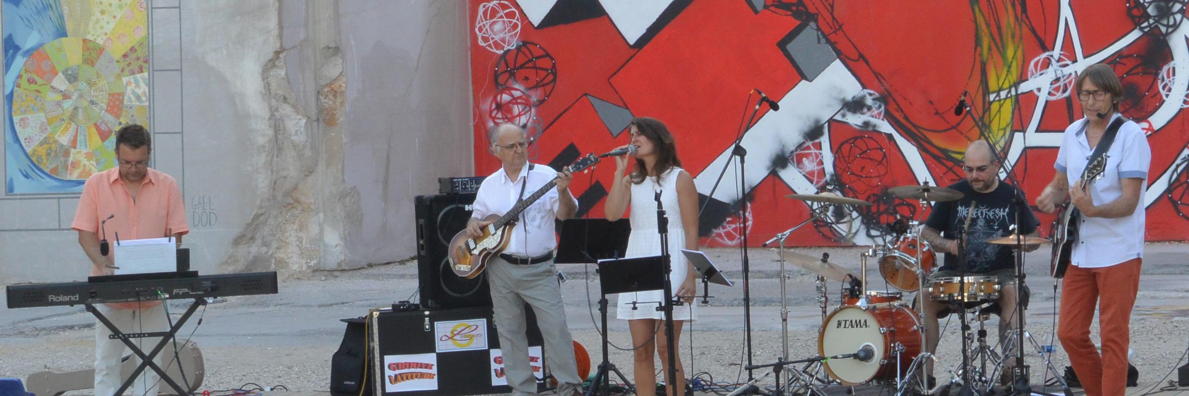GROOVE LATITUDE, groupe de musique Rock en représentation à Côte d'Or - photo de couverture n° 2