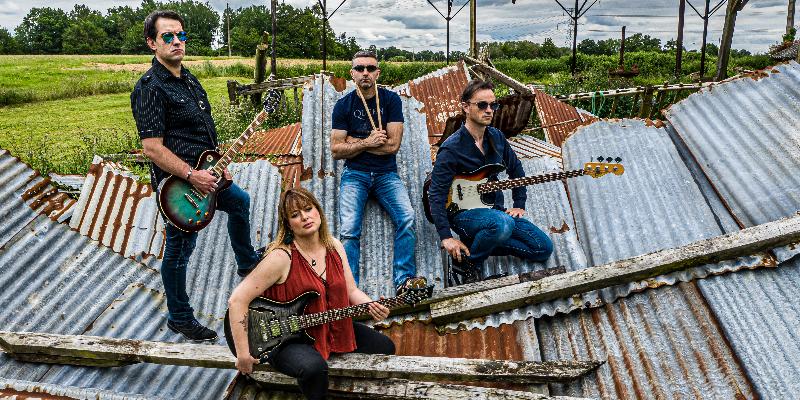 Ballbreakers, groupe de musique Rock en représentation à Ille et Vilaine - photo de couverture n° 3