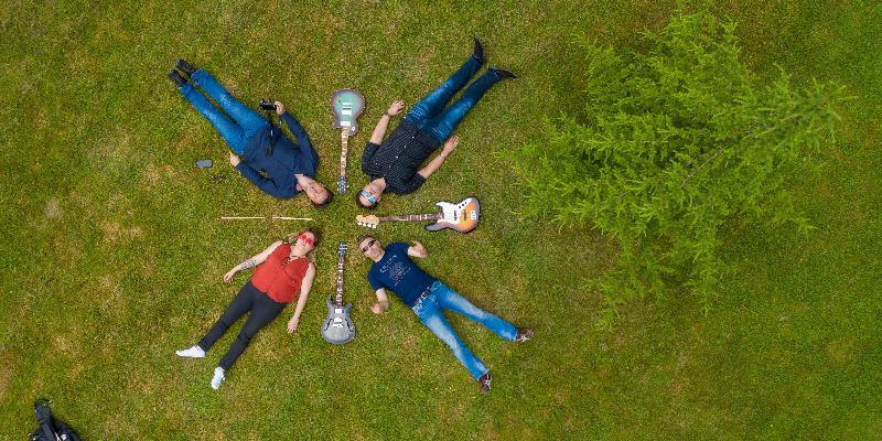Ballbreakers, groupe de musique Rock en représentation à Ille et Vilaine - photo de couverture n° 1