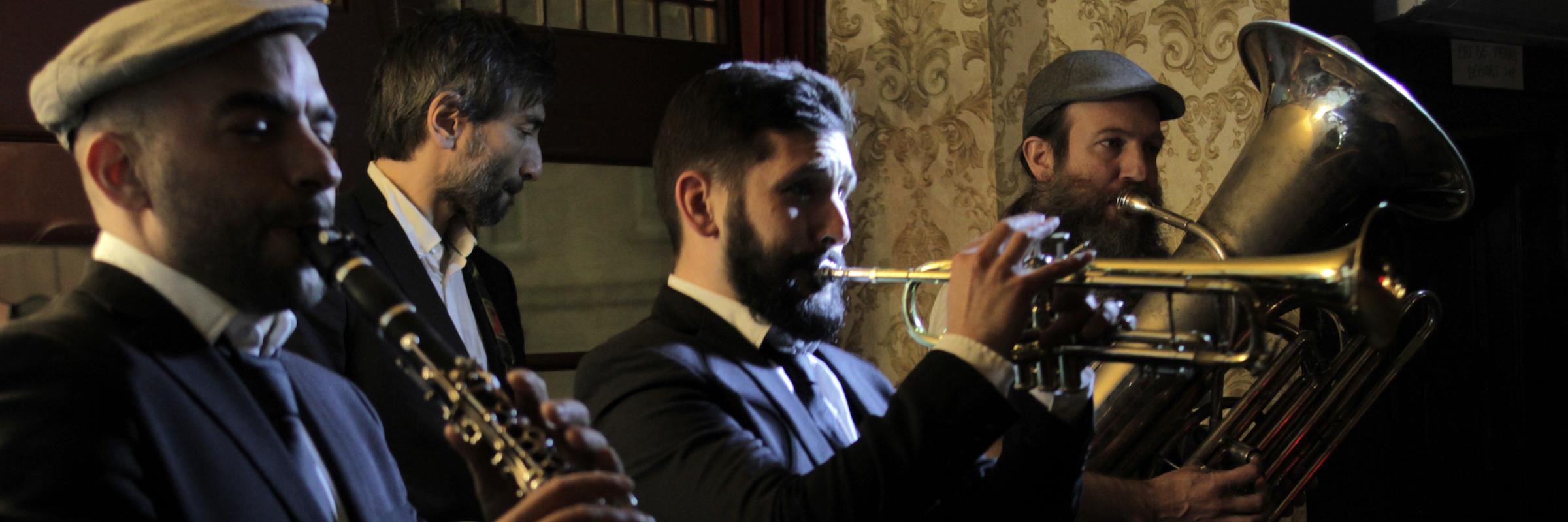 Dry Bayou, groupe de musique Jazz en représentation à Paris - photo de couverture