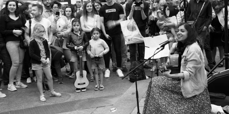 Sumana, musicien Acoustique en représentation à Paris - photo de couverture n° 3