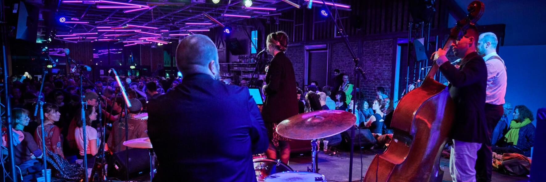 Swing Me Baby, groupe de musique Jazz en représentation à Nord - photo de couverture n° 2