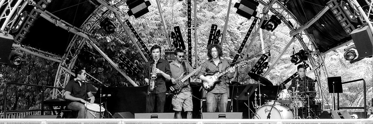 Arlet Feuillard (trio-quintet-septet), groupe de musique Pianiste en représentation à Paris - photo de couverture n° 4