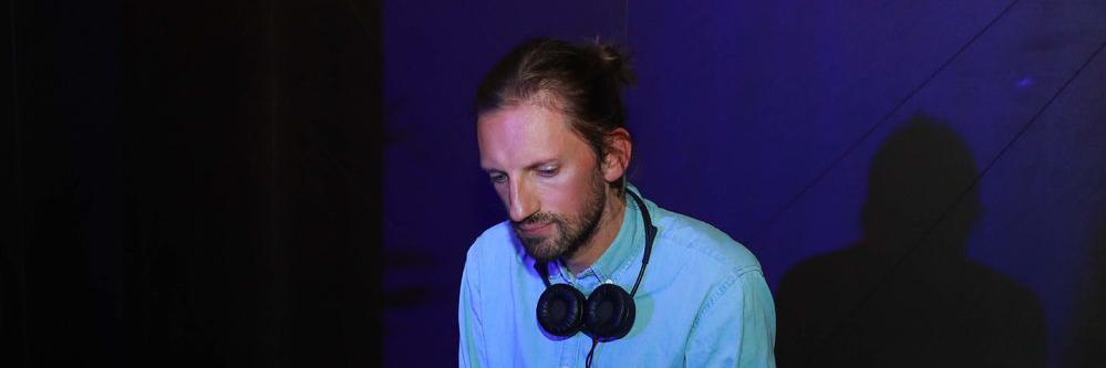 Florian Groovel, DJ Dj en représentation à Paris - photo de couverture n° 2