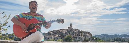 Bhoomitra, musicien Chanteur en représentation à Alpes Maritimes - photo de couverture