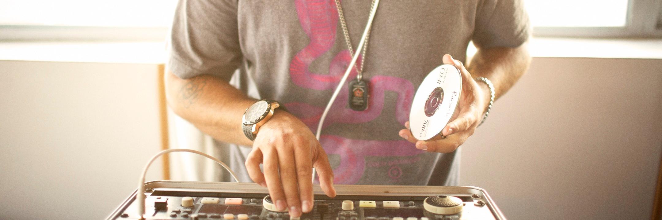 Torek Portugal , DJ Dj en représentation à Gironde - photo de couverture n° 1