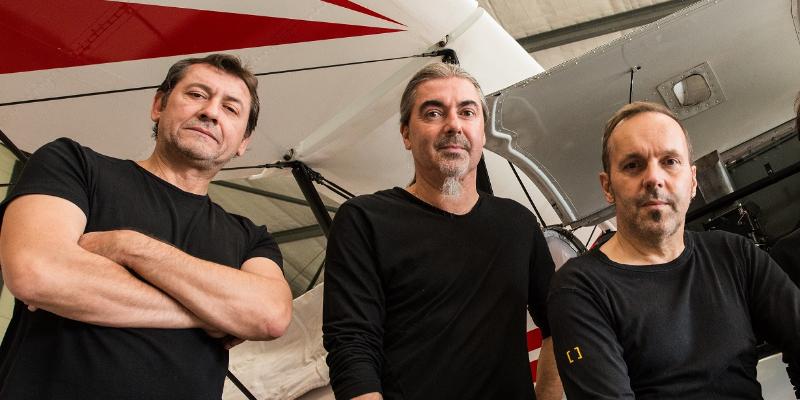 LES INFIDELES, groupe de musique Rock en représentation - photo de couverture n° 2