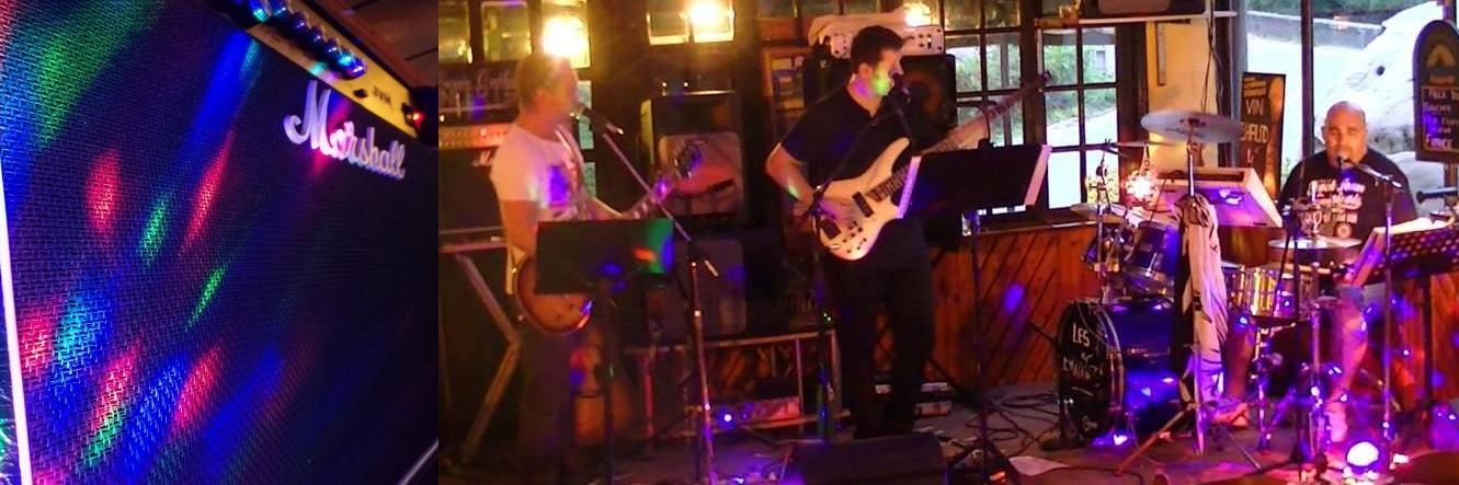 Les Ermites, groupe de musique Rock en représentation à Yvelines - photo de couverture